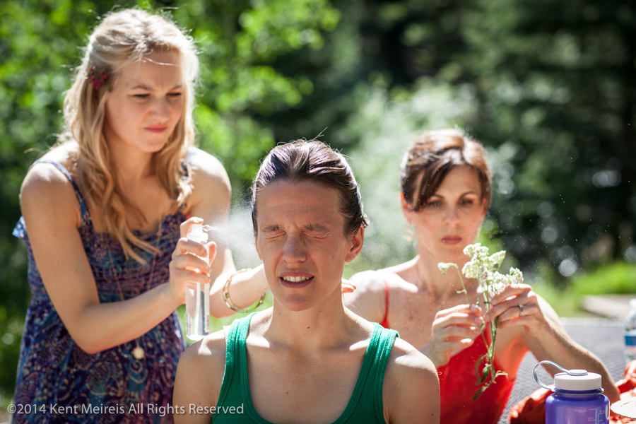 Bride-Camping-Makeup-Hairspray-Picture