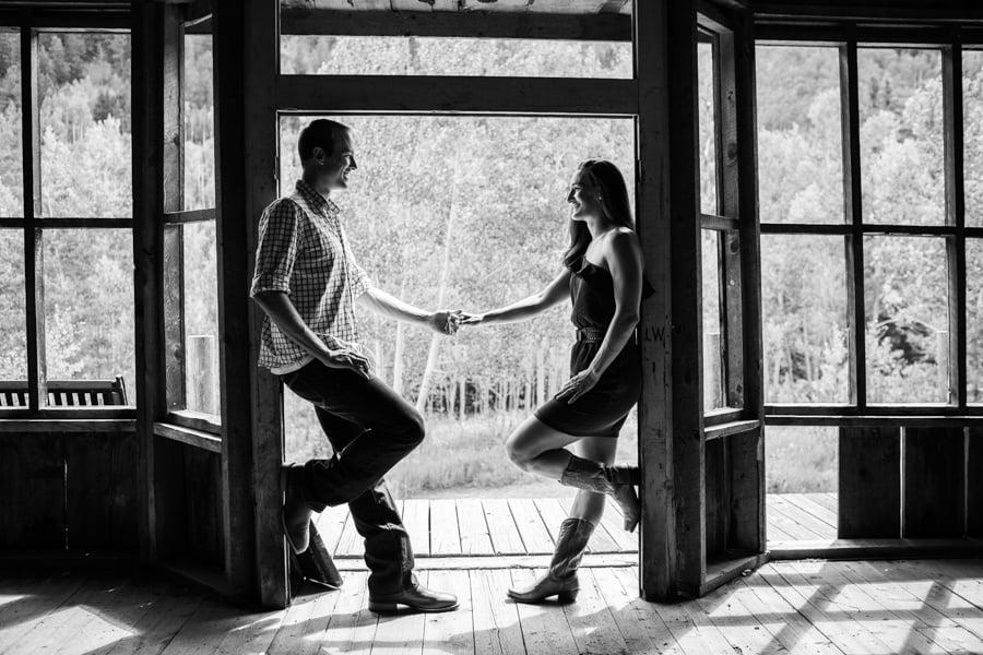 Aspen_Colorado_Ash_Croft_Ghost_Town_Engagement_Picture