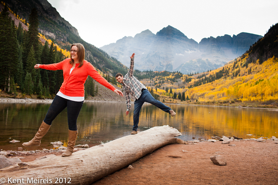 Maroon Bells Engagement Photos.