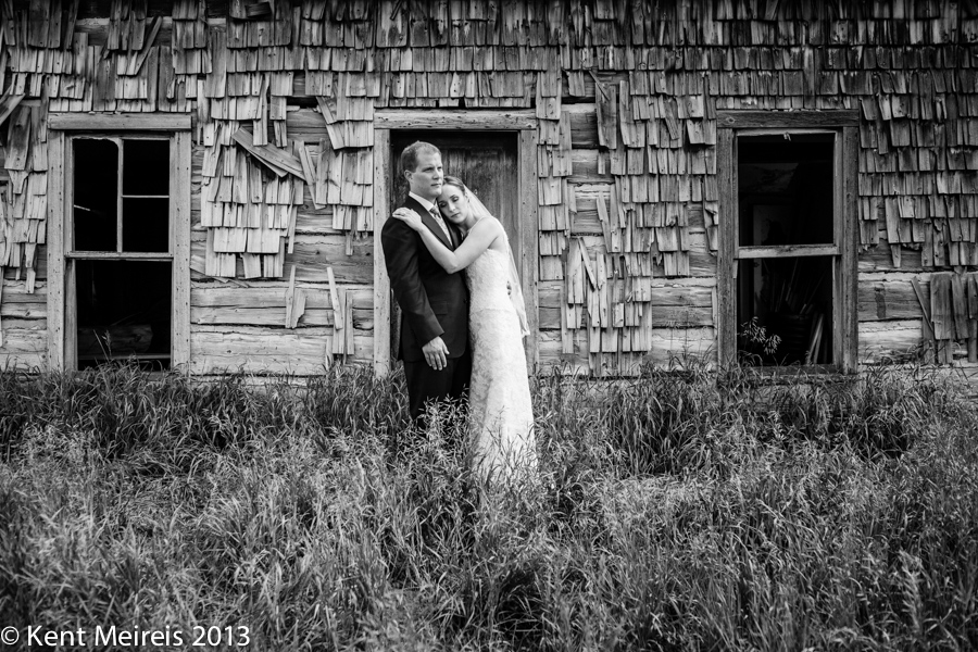 Emotional wedding photography at Keystone Ranch by Kent Meireis