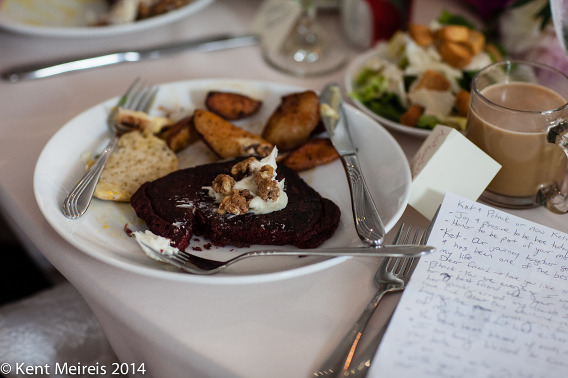 Wedding-Reception-Lunch-Detail-Picture-Toast-Note-Picture