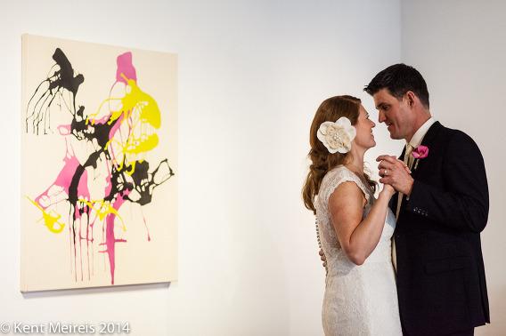 Art-Gallery-Dance-Bride-Groom-Picture-Wedding