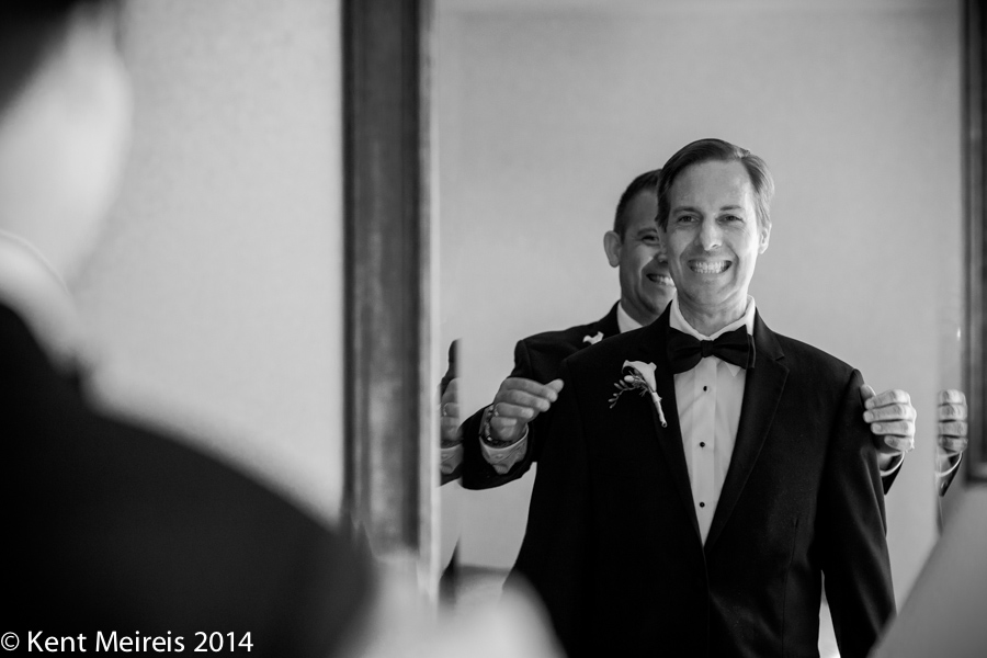 An Arizona Biltmore groom gets ready with his best man.