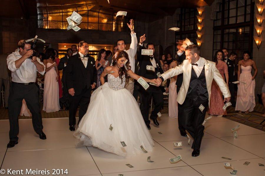 Money Dance Wedding.Bride Groom Photographer Greek Money Dance Wedding Reception