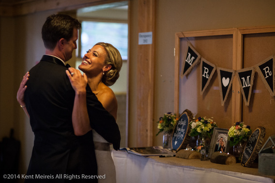 Mr-Mrs-Groom-Bride-Picture