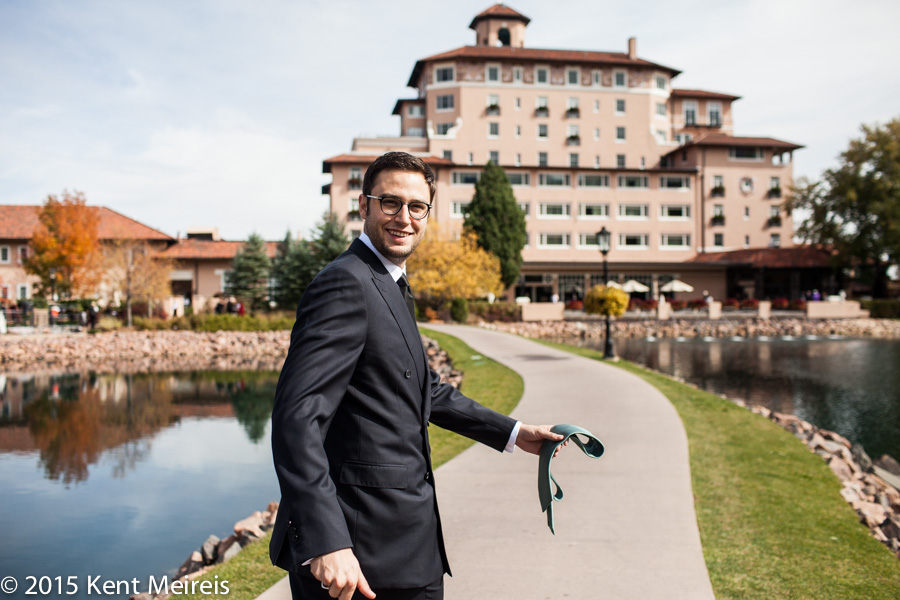 Groom-Broadmoor-Colorado Springs-Wedding-Picture