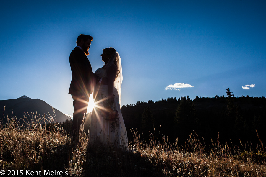 Breakenridge-Colorado-Destination-Mountain-Wedding-Picture